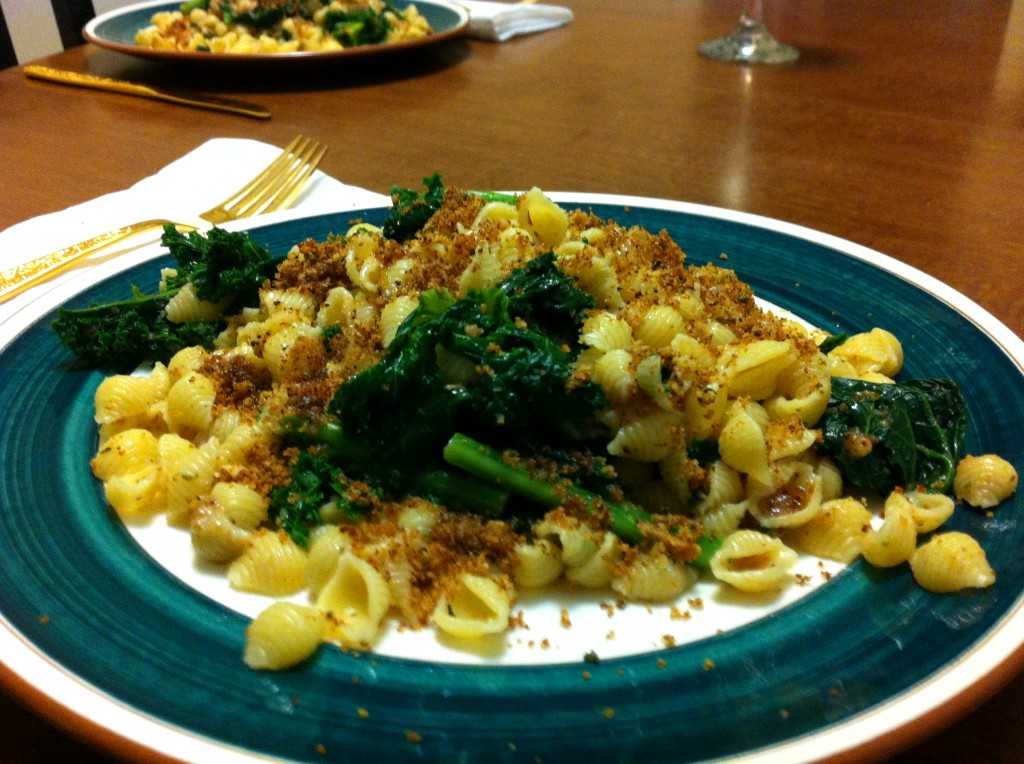 Kale Pasta with Breadcrumbs, kale pasta, kale and pasta, kale, pasta, Italian, olive oil, sage-infused olive oil