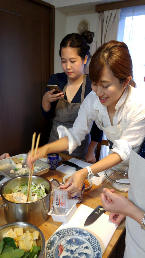 Japanese-Homestyle Cooking Class in Mayuko's Little Kitchen